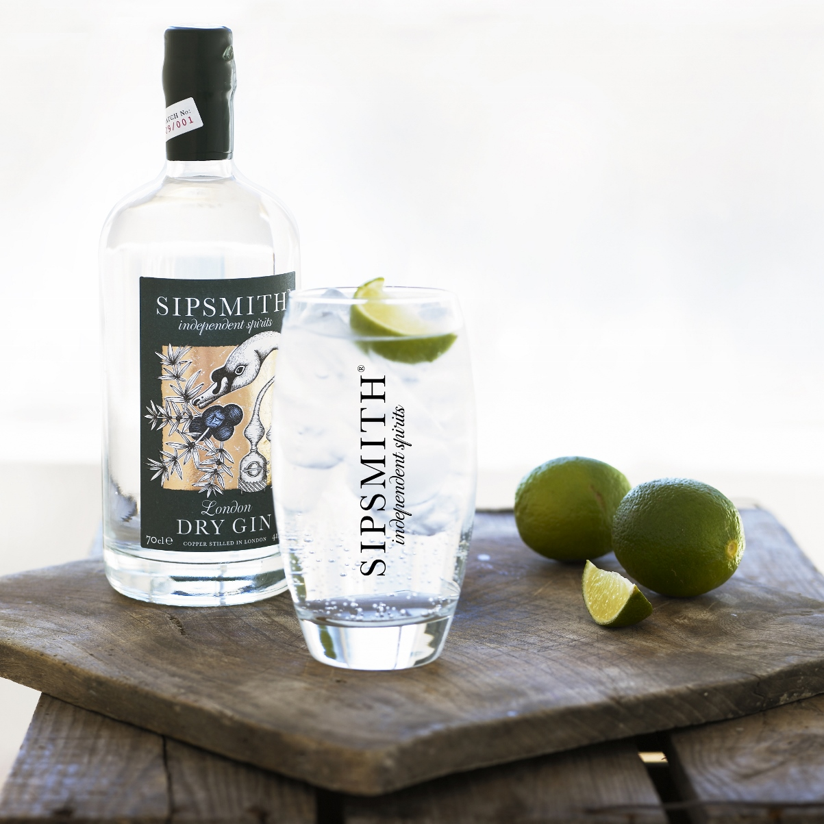 Sipsmith GT Branded glass 1203x1203