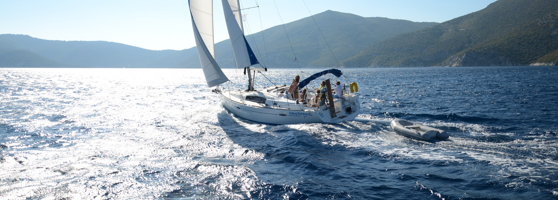 Beneteau 40 Sailing into the sun 2