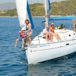 Beneteau 331 sailing with family on board