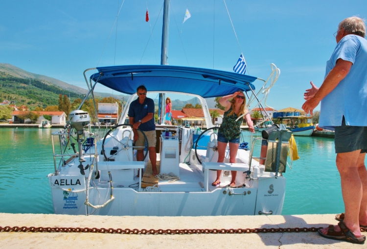 Flotilla: Our video guide to stern-to mooring with Yachting Monthly
